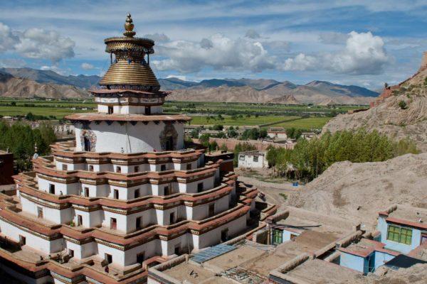 Gyantse-Tibet-1_1920