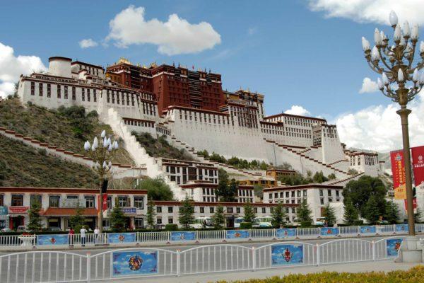 Lhasa-Tibet-2_1920